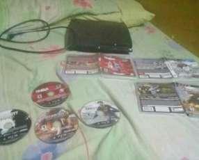 Playstation 3 250 GB buen estado con 4 juegos cargados