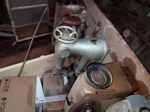 Máquinas de coser industriales - 2