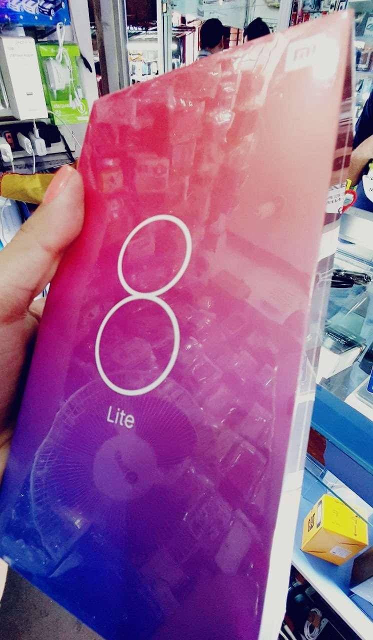 Xiaomi MI 8 Lite de 128 gb nuevo - 0