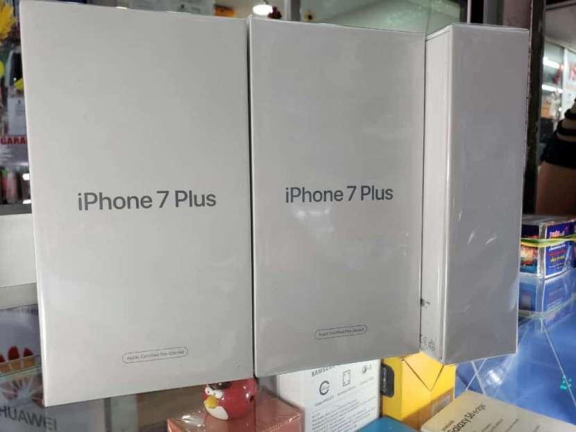 iPhone 7 Plus de 128 gb - 0
