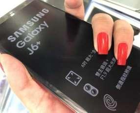 Samsung Galaxy J6+ de 64 gb rojo