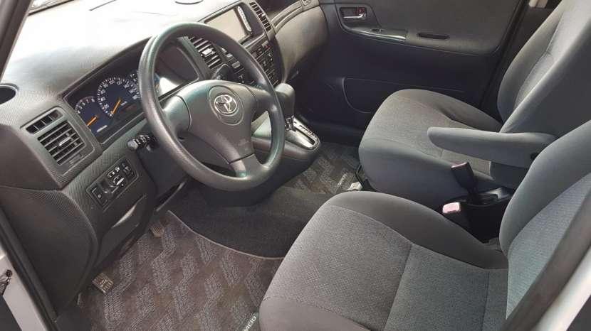 Toyota Spacio 2003 - 6