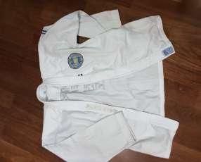 Ropa de taekwondo