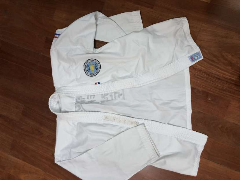Ropa de taekwondo - 0