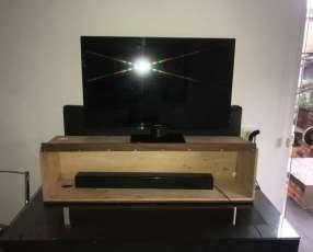Mueble para TV y parlante