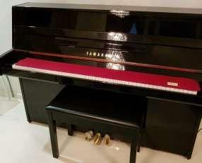 Piano Yamaha ju109 pe