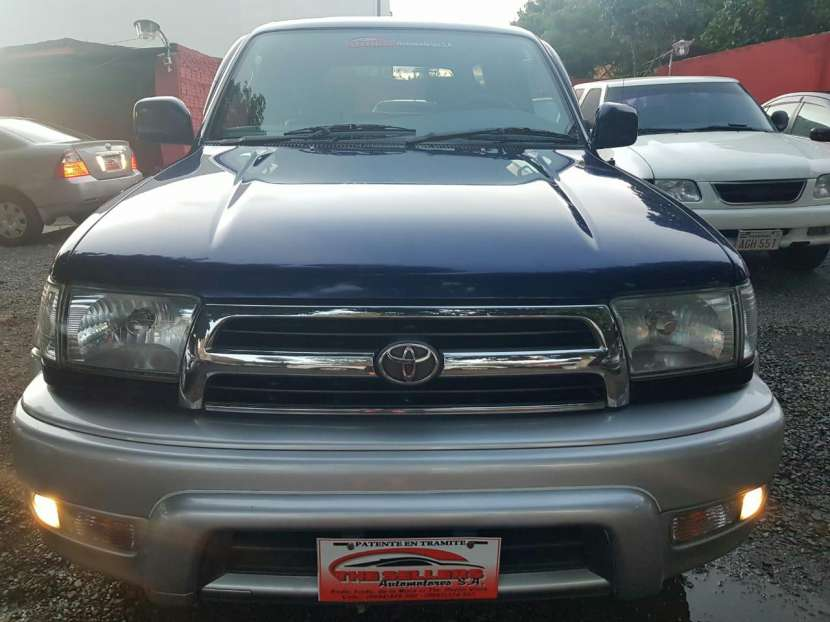 Toyota Hilux surf tipo Runner auxilio abajo 2000 - 0