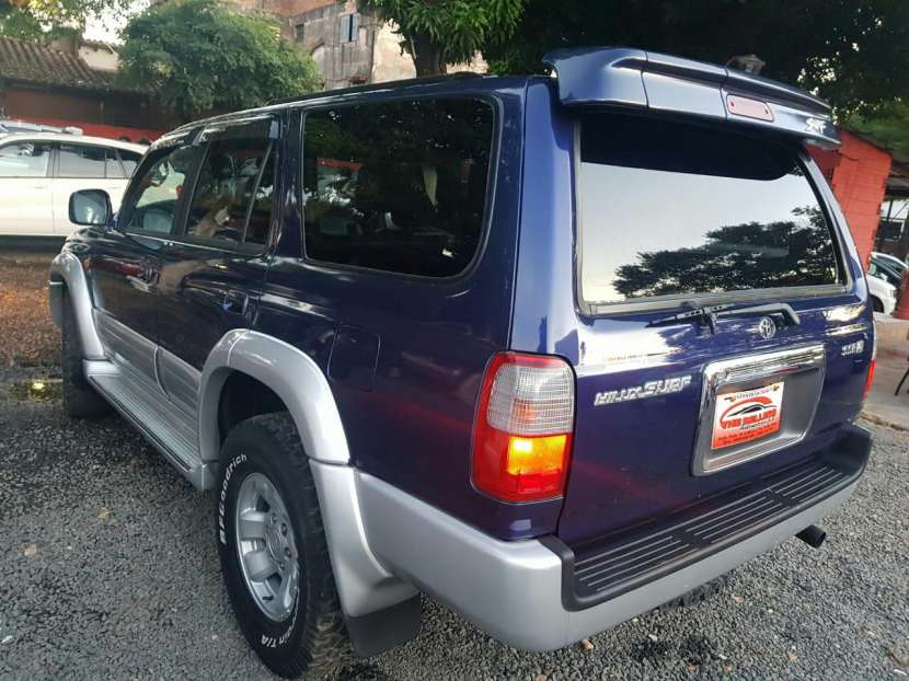Toyota Hilux surf tipo Runner auxilio abajo 2000 - 3
