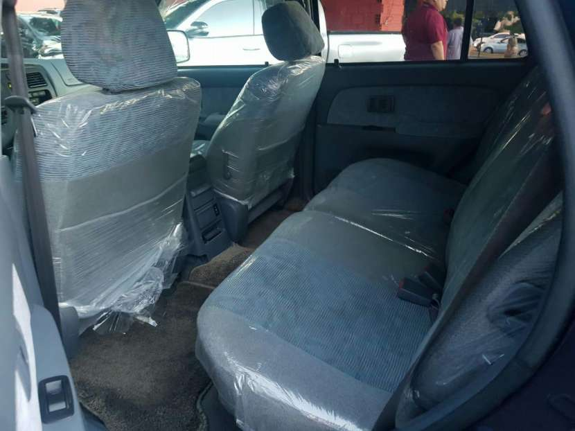 Toyota Hilux surf tipo Runner auxilio abajo 2000 - 7
