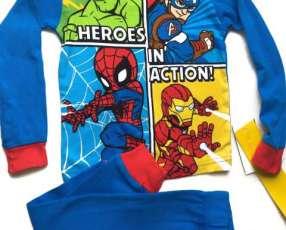 Conjunto Marvel para 2 años