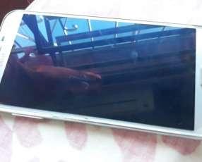 Samsung Galaxy J7 Neo plateado