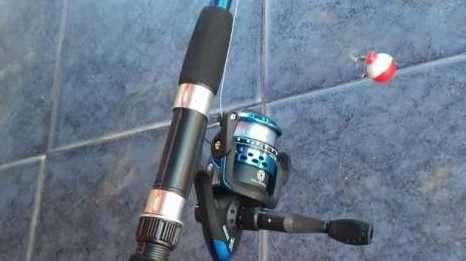 Caña de pescar telescópica