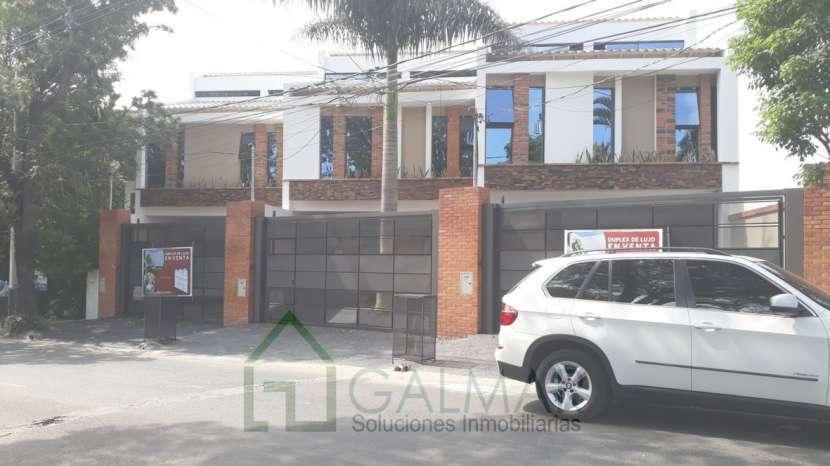 Duplex en barrio Herrera - 0
