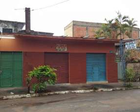 Salon comercial. a 1 cuadra municipalidad san lorenz