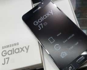 Samsung Galaxy J7 2016 nuevo