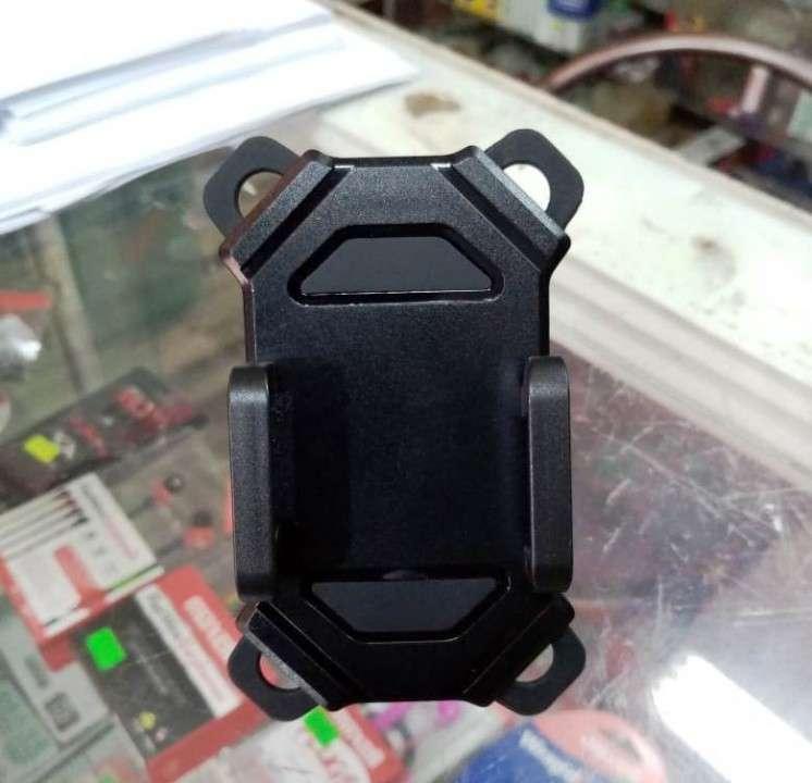 Soporte de celular para moto - 8