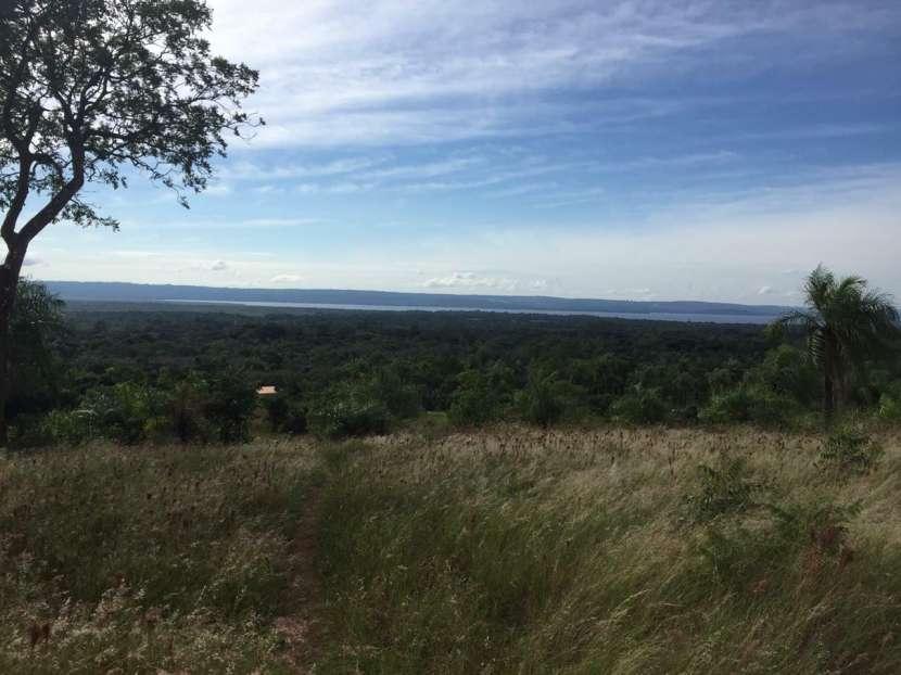 Terrenos en Areguá con vista al Lago - 0