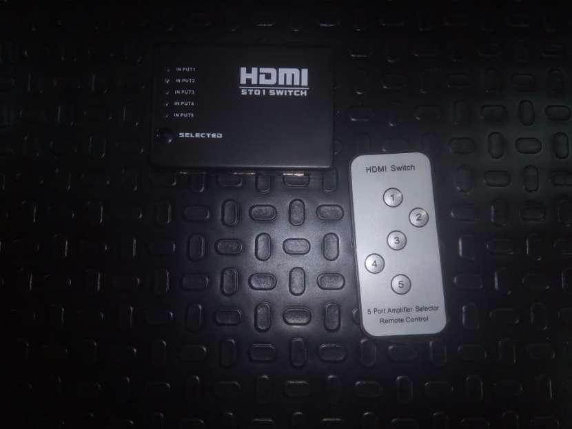 HDMI Splitter 5x1 con control - 3