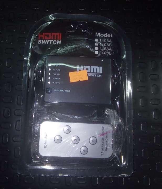 HDMI Splitter 5x1 con control - 1