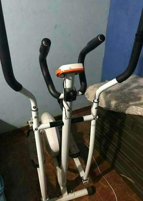 Bicicleta elíptica Evolution - 0