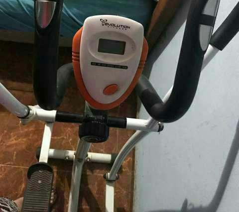 Bicicleta elíptica Evolution - 1