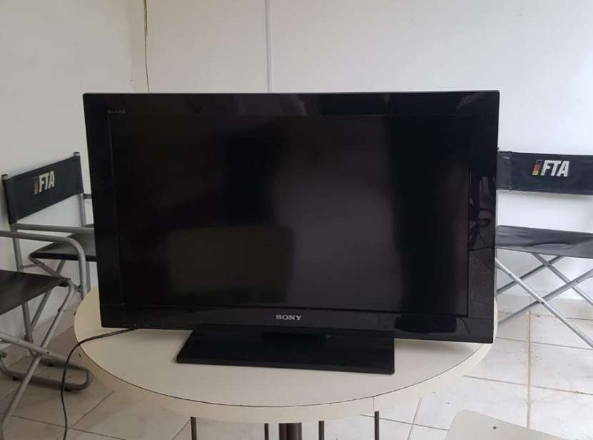 TV LED Sony Bravia de 32 pulgada - 3