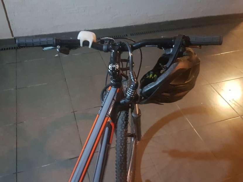 Bicicleta GT - 1