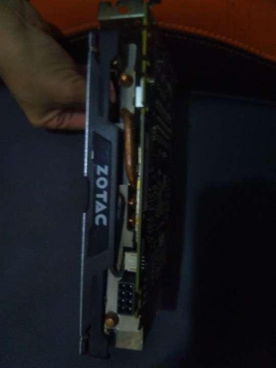 Tarjeta de Vídeo NVIDIA GTX 1070 8 GB Zotac - 1