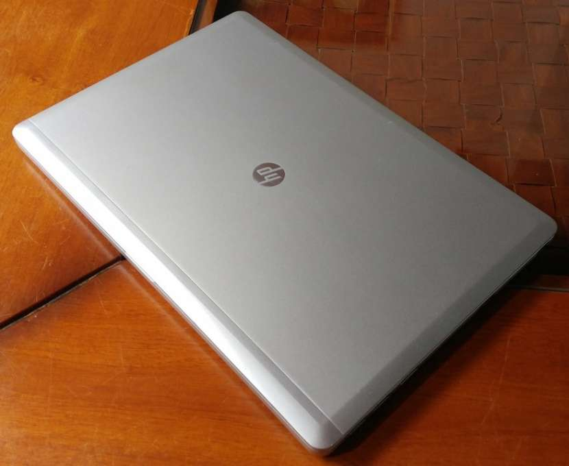 HP Elitebook Folio 9480 Intel i5 SSD 8GB M166 - 4