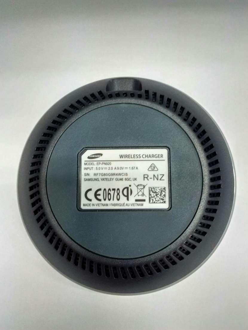 Cargador inalámbrico Samsung - 1