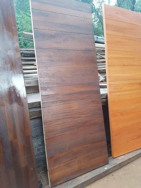 Puertas macizas para exterior diseños varios - 2