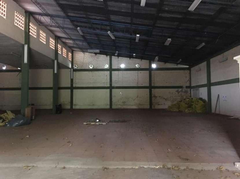 Depósito en Asunción Barrio Mariscal López A1627 - 1