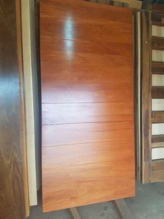 Puertas macizas para exterior diseños varios - 4