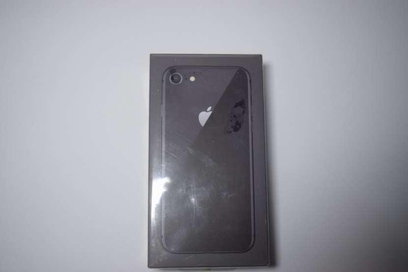iPhone 8 64gb - 0