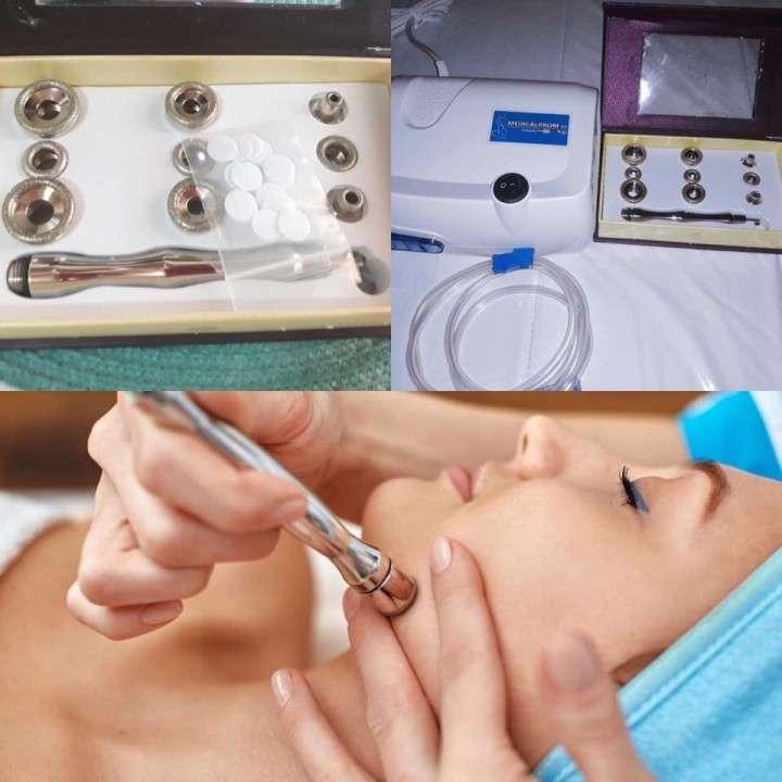 Microdermoabrasión con puntas de diamantes facial y corporal - 0