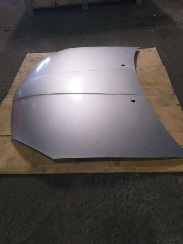 Capot para Nissan Wingroad - 2