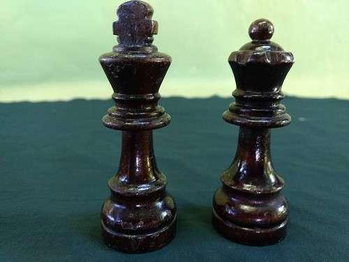 Piezas de Ajedrez de madera lacada - 4