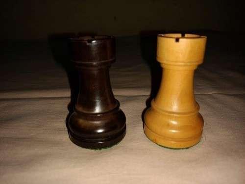 Piezas de Ajedrez de madera de muy buen tamaño y peso - 7
