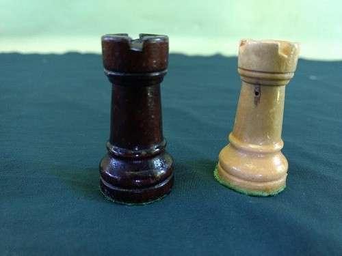 Piezas de Ajedrez de madera lacada - 7
