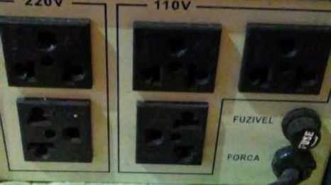 Regulador automático de voltaje - 2