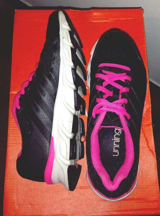 Calzado Adidas para dama - 1