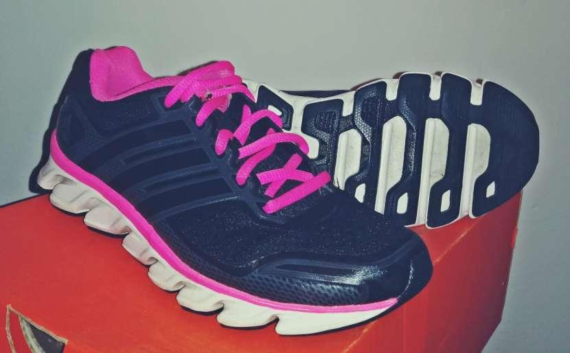 Calzado Adidas para dama - 2