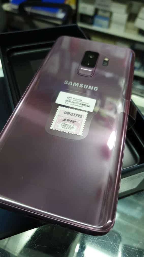 Samsung Galaxy s9+ púrpura - 0
