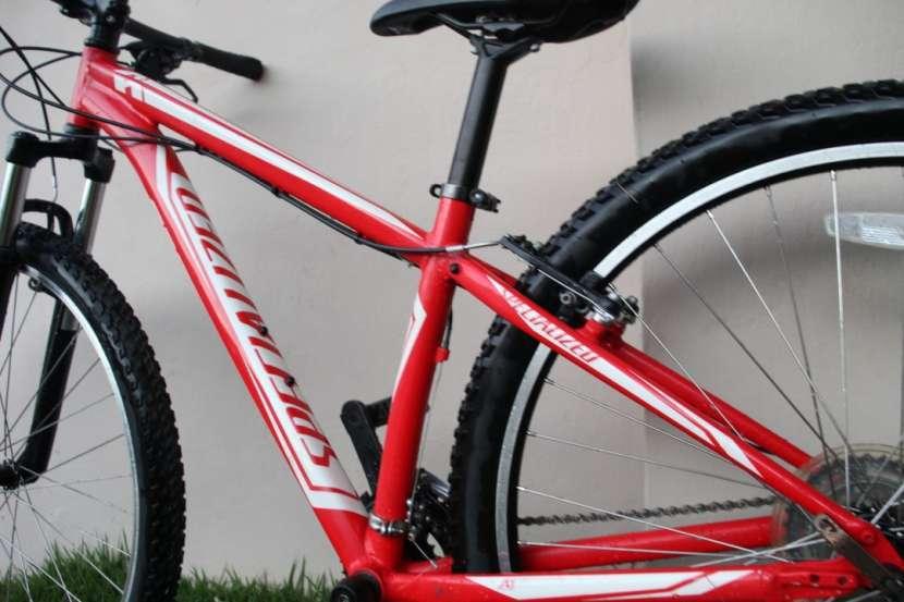 Bicicleta Specialized - 1