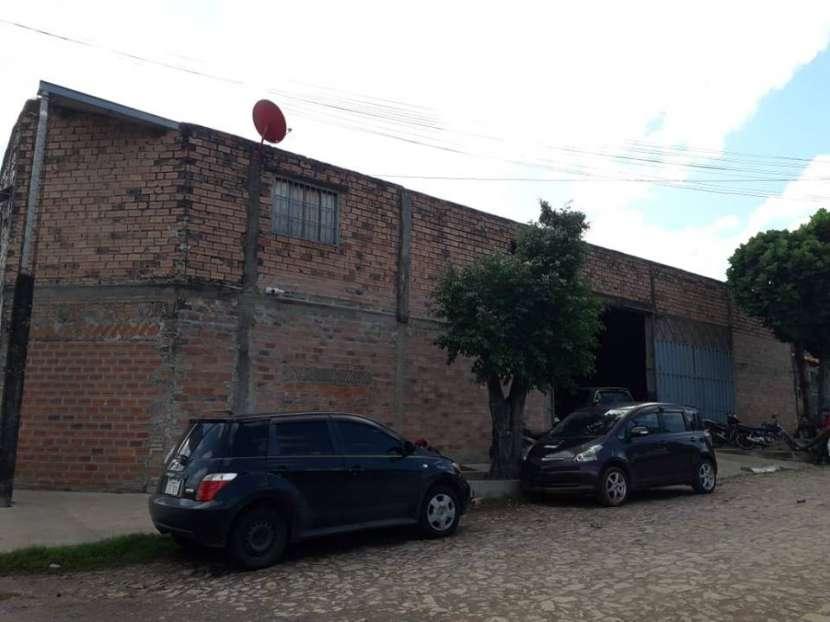 Depósito en Luque barrio isla bogado A1637 - 1