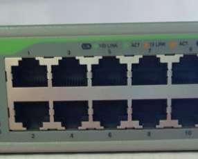 Switch Allied Telesis AT-FS 716 L de 16 puertos