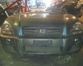 Hyundai Tucson en desarme