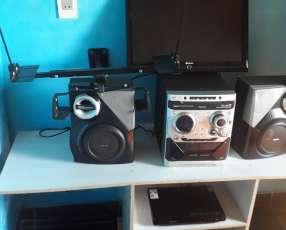 TV Matsui equipo de sonido Phillips y DVD phillips
