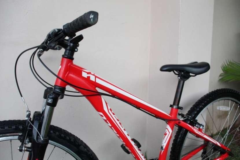 Bicicleta Specialized - 4
