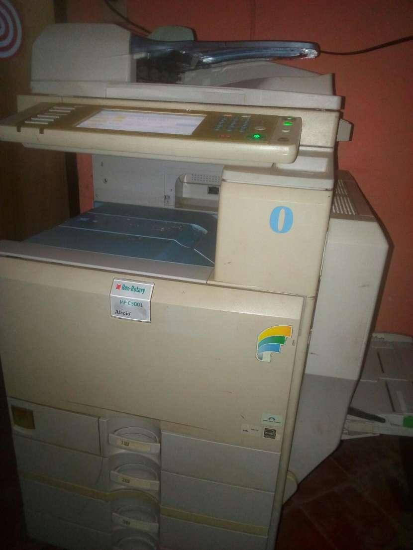 Impresora Digital MP C3001 - 2